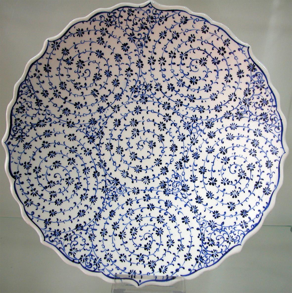 klasik haliç işi Osmanlı tabakları hediyelik kadife kutu içinde sunulmaktadır