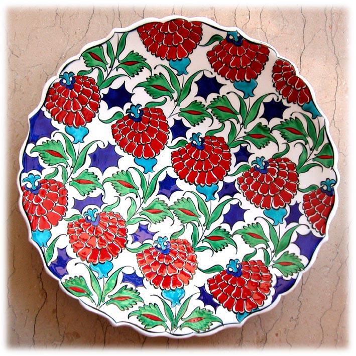 Osmanlı İznik Kütahya işi çini tabaklar sonsuz gül ve karanfil motifli tabak hediyelik