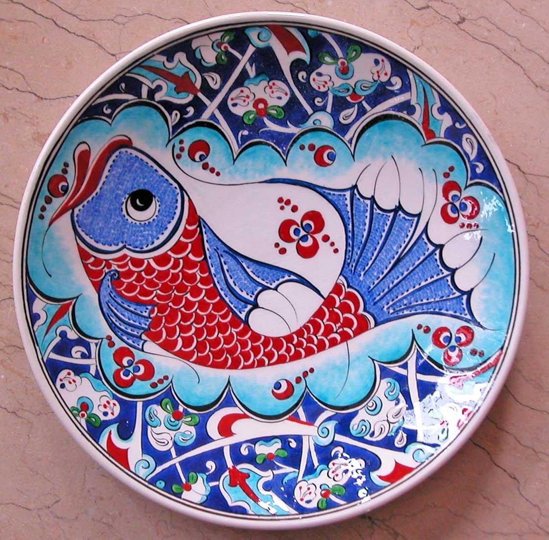 Klasik iznik Balık Desenli Çini Tabaklar Duvar ve Vitrin Süslemesi İçin Dekoratif Hediyeler