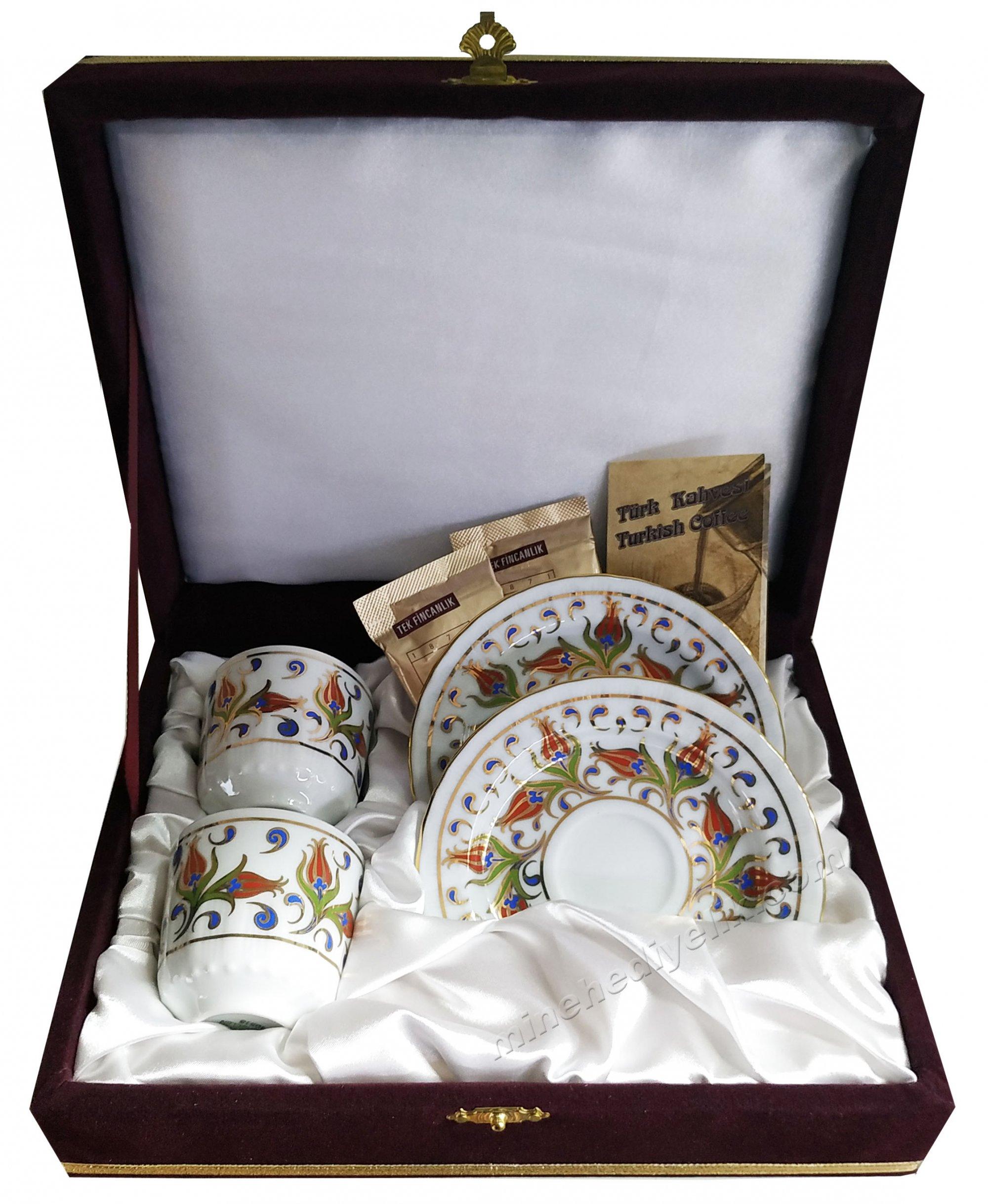 İki Kişilik Kahve Fincan Setleri Özel Tasarım Kutularda Lale Desenli Türk Kahveli