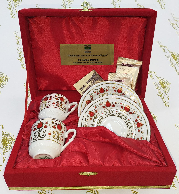 Belediyeler için  düğün ve nikah törenleri için kaliteli markalı hediyelik ikili kahve setleri günlük kullanabilir hediyelik eşyalar