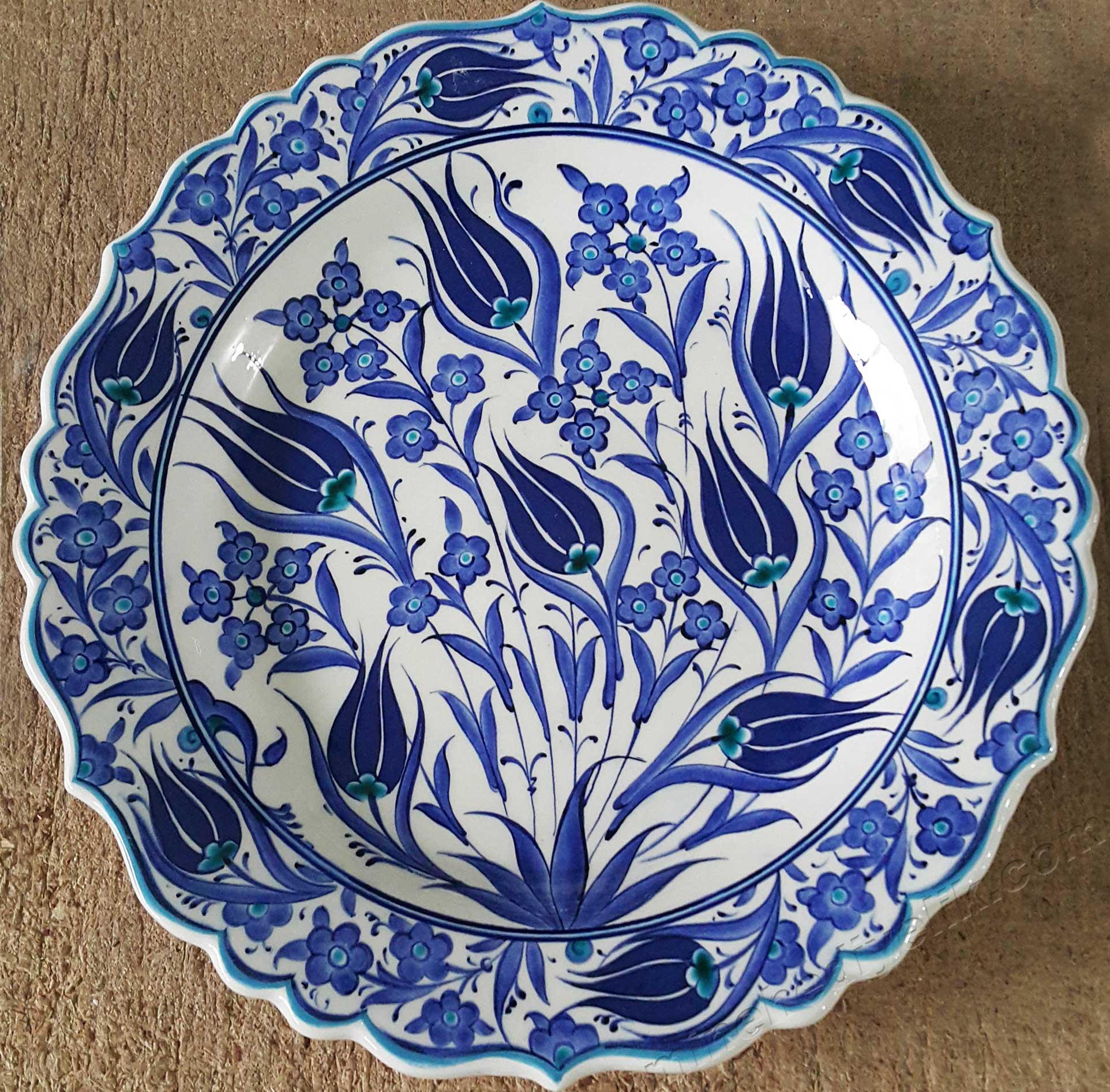 En güzel çini tabak desenleri Mavi Beyaz İznik Çinileri Türkiye ye Özgü Kalıcı ve Geleneksel Hediyeler