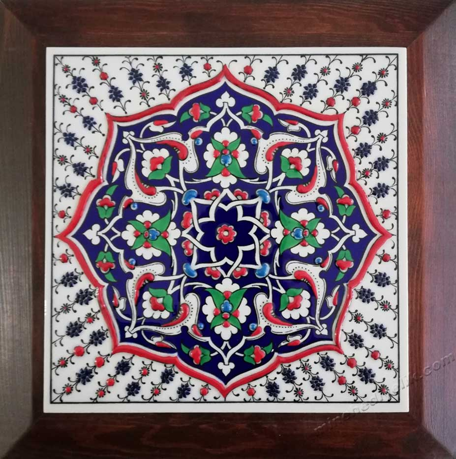 Turkish tile art Ottoman ceramics desings traditional Turkish tiles seljuk geometrical desing grand bazaar shopping  shop turkish Ceramic handmade Turkish islamic art ceramic tiles for kitchen kinds of promotional gifts