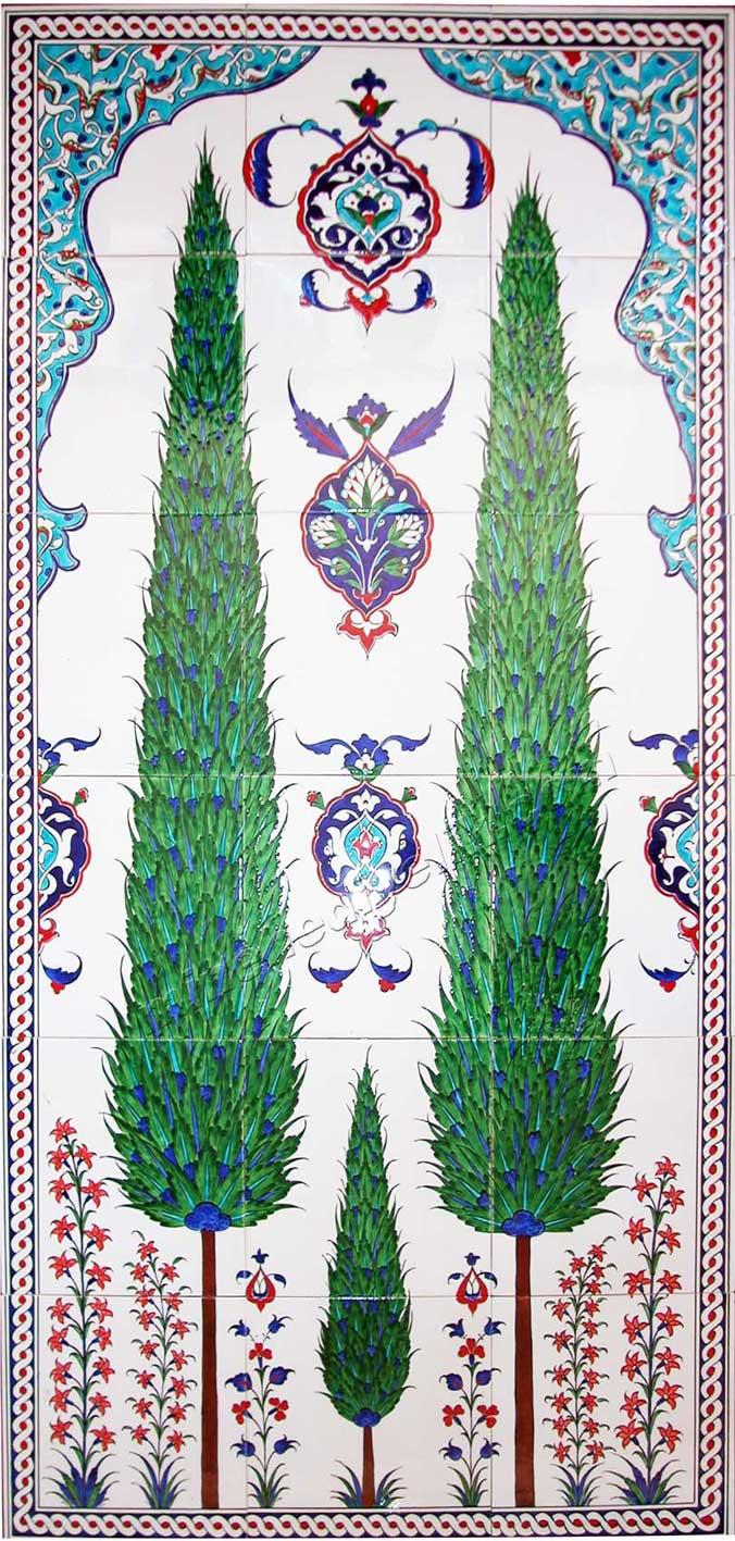 Mimari İznik çini desenleri geleneksel çini sanatı örnekleri kamusal alanda mimari uygulamalar sanatsal çini panolar  uzun ömür temalı Selvi ağaçları Selvi desenli çini Duvar tablosu