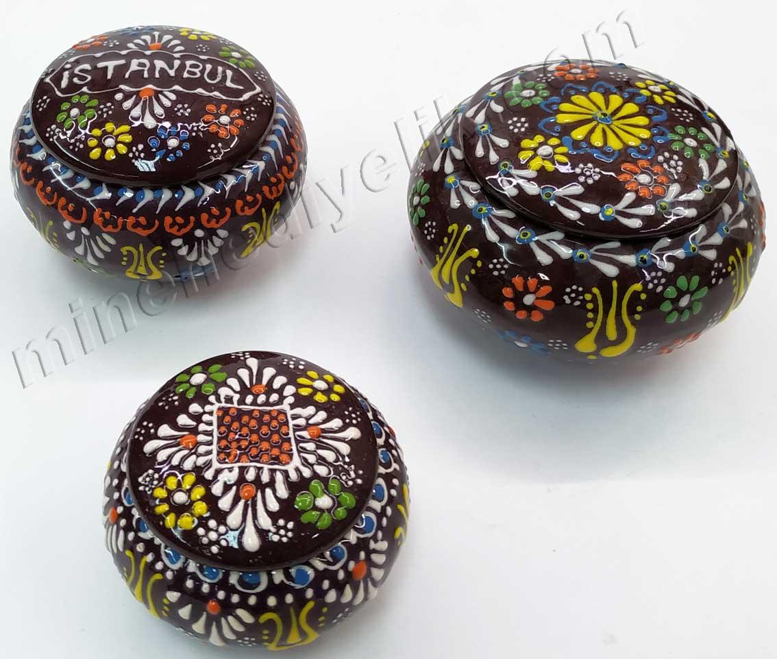 Osmanlı Lokumluk Kutuları,yöresel ve kültürel hediyeler el yapımı küçük boy çini şekerlikler