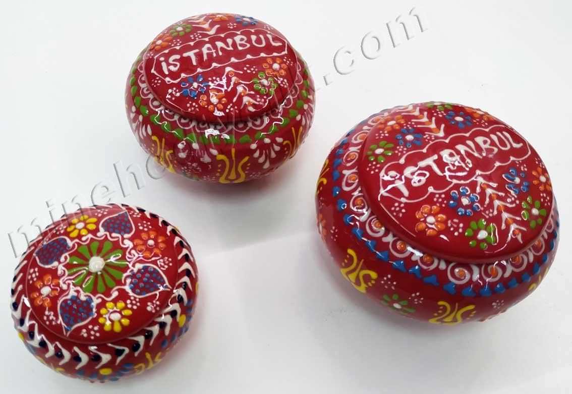 Yabancılara Alınabilecek Yöresel ve Kültürel Armağanlar el yapımı küçük boy çini şekerlikler