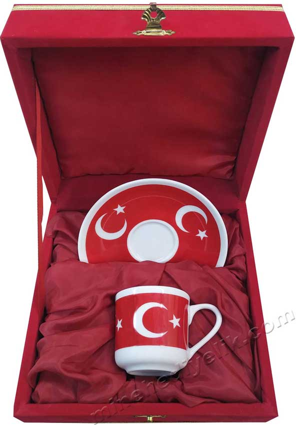 Türk Bayrağı Ay Yıldız  Desenli Kahve Fincanı Tekli Kadife Kutularda Logo Baskılı Kurumsal  Hediyelikler olarak düşünülebilir ay yıldızlı Kahve takımı