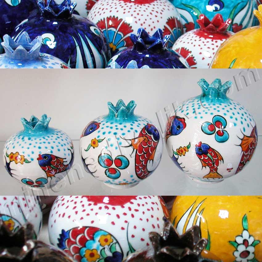 Klasik İznik Balık Desenli Çini Narlar Kurumsal Promosyon Hediyelik tarihi ve kültürel Hediyelik Eşyalar geleneksel sanatsal hediyeler