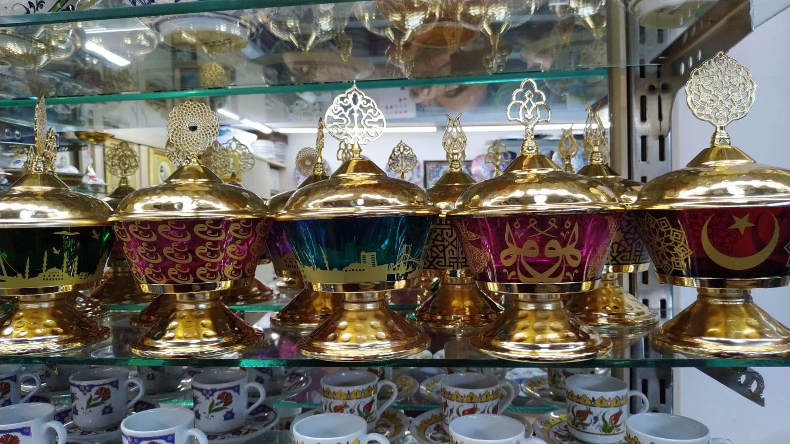 Türkiye İstanbul Hatırası Osmanlı Şekerlikler Lokumluklar Çikolata kapları